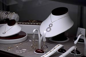 Gifts &amp; Engraving By George Jewelry
